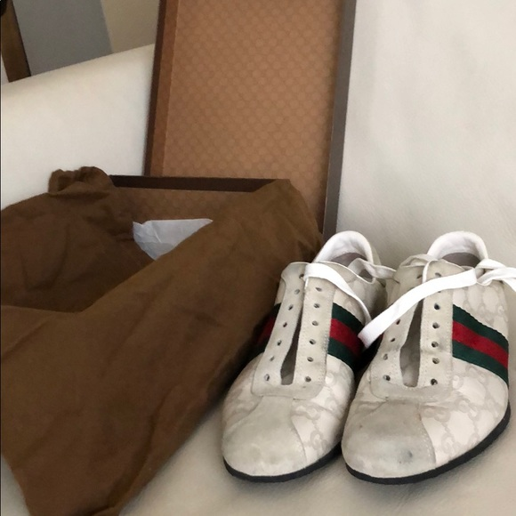Gucci Shoes - Gucci sneakers suede